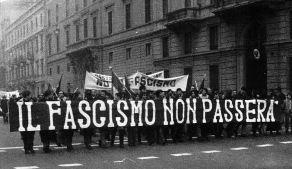 Fascismo Presente e sua Dimensão Psicossocial