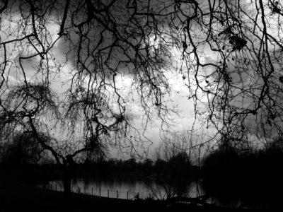 Angústias de um Tempo Sombrio