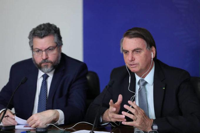 Brasil: uma Nação Pilhada e Piada Mundial.
