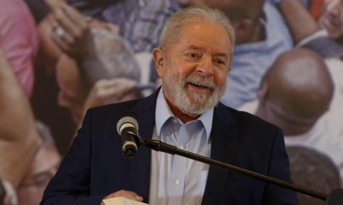 Lula: O Grande Contador de Histórias do Brasil.